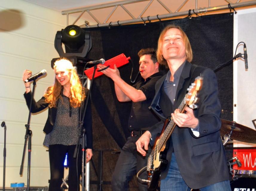 Dirk Michaelis Karussell Band Rathauspassagen Halberstadt Frühlingsfest