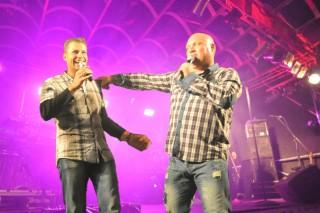 Ab in den Süden: Moderator Stefan Bernschein mit Chartstürmer Buddy