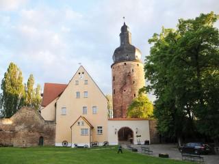 Thomas und Kathi: Traumhochzeit auf der Wasserburg Gommern