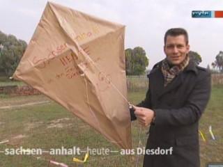 Reporter Stefan Bernschein mit seinem SAH-Drachen