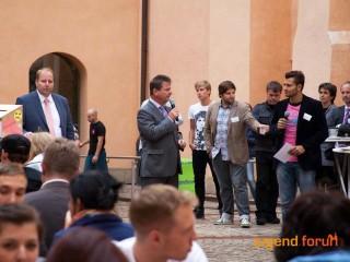 jugend.forum: Stefan Bernschein mit Magdeburgs Oberbürgermeister Lutz Trümper